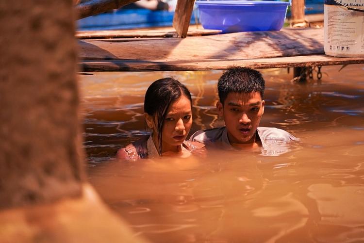 Mạc Văn Khoa: Ngâm mình 2 tiếng trong nước lạnh đổi lấy 1 cảnh ngắn trên phim