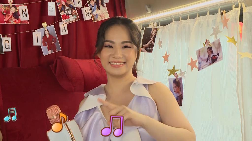 'Cô gái Trung Hoa' Lương Bích Hữu và những lần xém mất mạng khi đi diễn