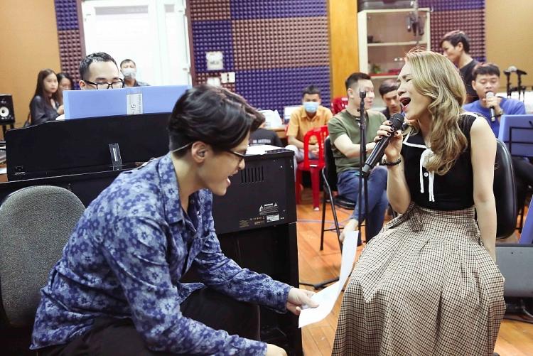 Hà Anh Tuấn lần đầu thể hiện ca khúc của 'Họa mi tóc nâu' trong liveshow 'Tri âm'