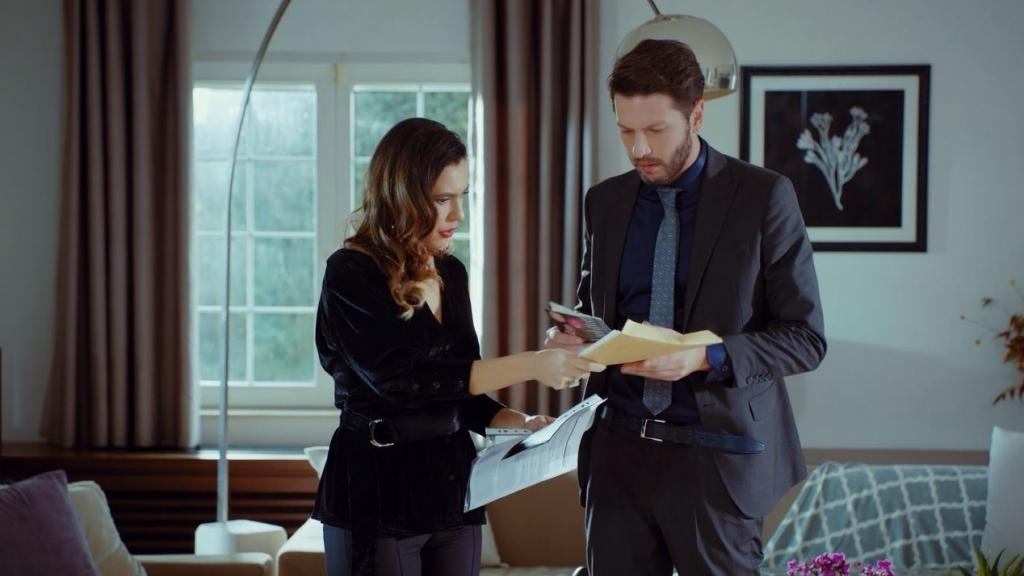 'Trái cấm': Một cú 'cua' khét lẹt, Alihan sẽ cưới Ender để trả thù Halit?