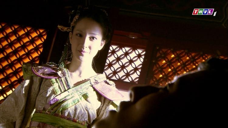 'Hoa Tư Dẫn': Mờ mắt trước người tình sát thủ, Hoàng đế phải trả cái giá quá đắt