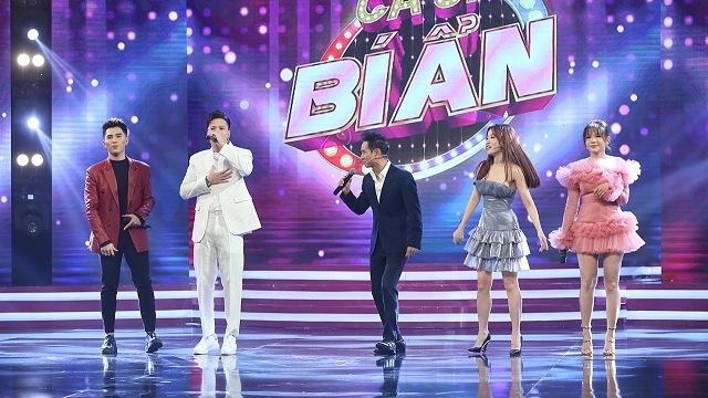 Lý Hải lần đầu song ca siêu hit 'Liều thuốc cho trái tim' cùng S.T Sơn Thạch tại sân khấu 'Ca sĩ bí ẩn'