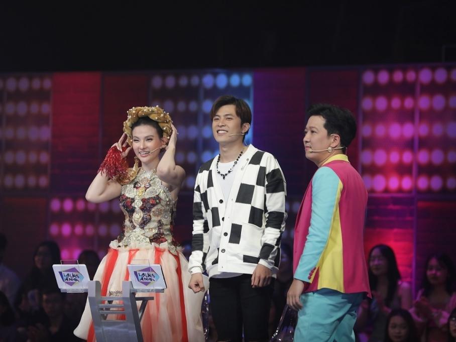 'Lạ lắm à nha': Vũ Hà bức xúc 'tố' Gin Tuấn Kiệt đã tập luyện bài hát trước với ca sĩ bí ẩn