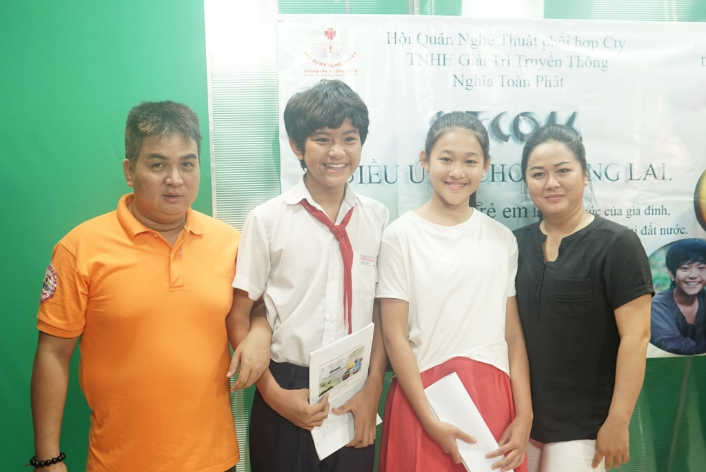 khoi quay phim sitcom dieu uoc cho tuong lai chuyen co tich giua doi thuong