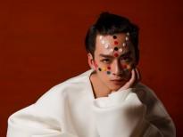 Trần Nghĩa - diễn viên 'Cuộc đời của Yến' bất ngờ xuất hiện cực lạ trên Vogue Italy
