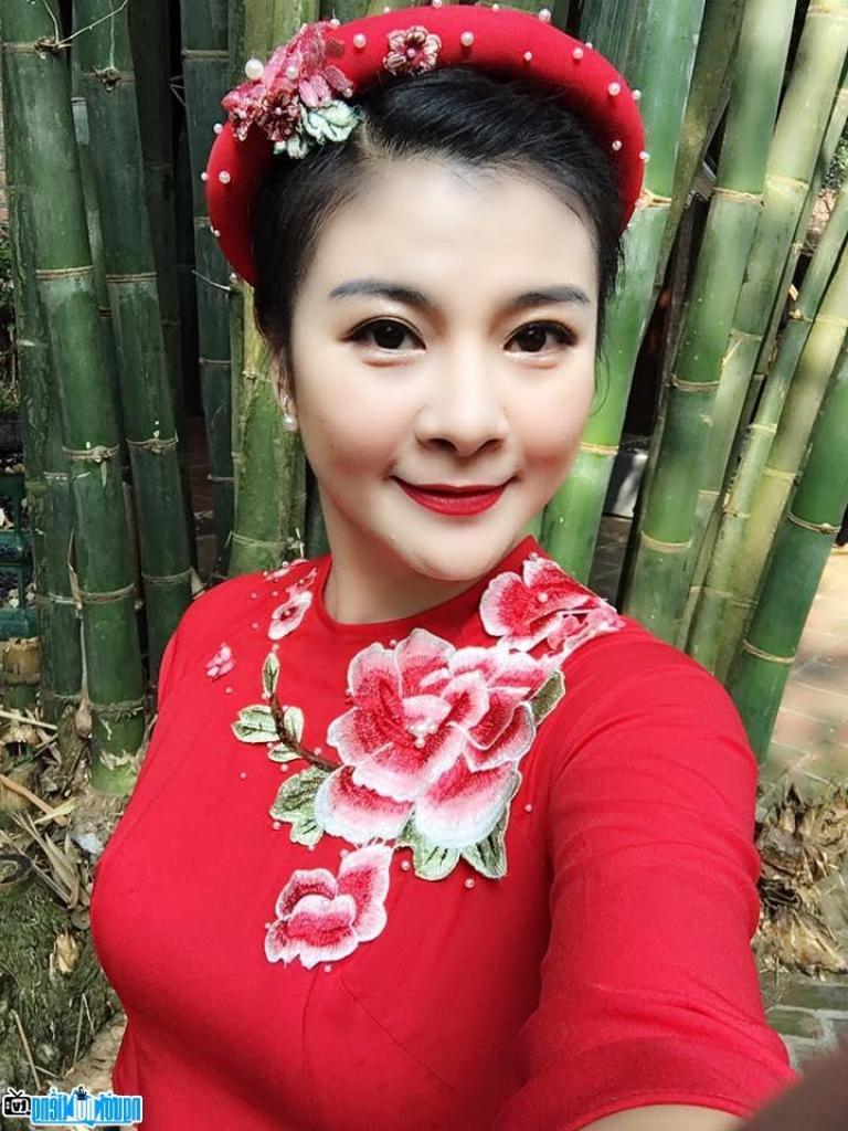 lo dien dan giam khao guong mat than quen 2018