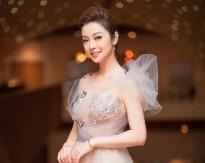 Jennifer Phạm khoe nhan sắc lộng lẫy 'thách thức thời gian' của 'gái ba con'