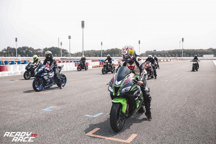 ready to race chinh thuc can moc trieu views sau tap 3 voi nhung tran dua mo to nghet tho