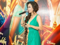 ai phuong hat chay a whole new world tren tham do ra mat phim aladdin