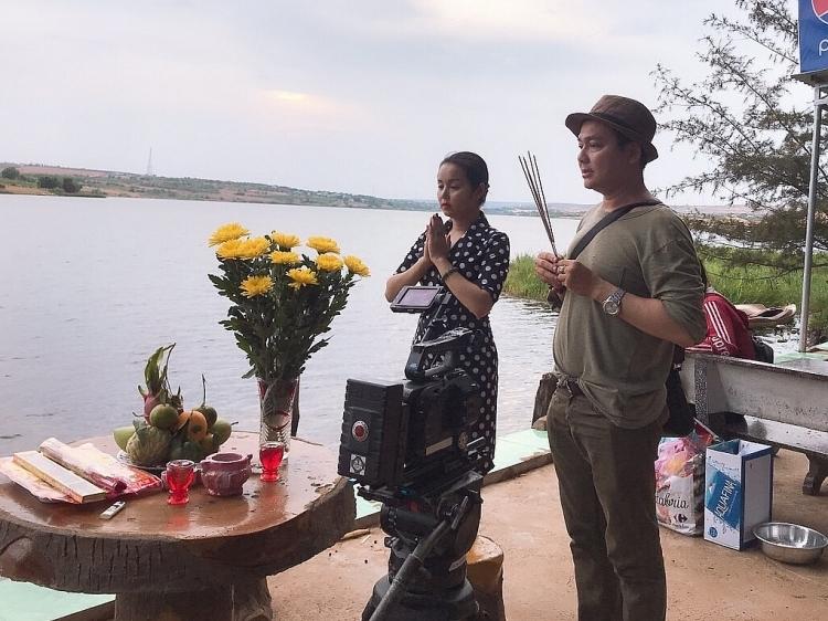 hoa hau amy le anh cung dien vien kevin thinh nguyen khai may khoi dong chuoi chuong trinh