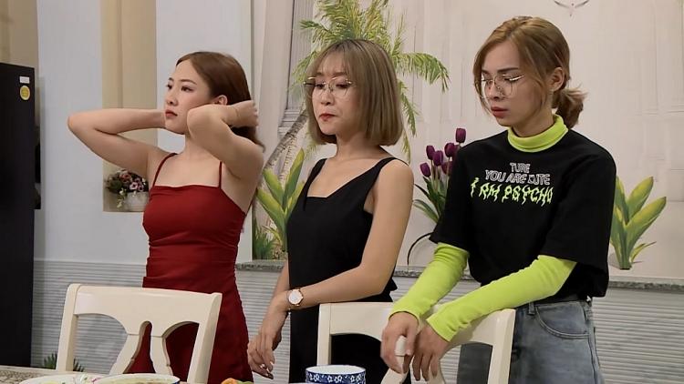 O2O Girl Band cùng dàn trai đẹp phản ánh đời sống giới trẻ trong sitcom 'Chị em Tấm Cám'