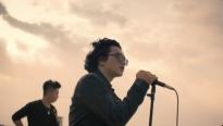 Chillies mang cả dàn nhạc giao hưởng ra giữa rừng núi, truyền tải thông điệp ý nghĩa về cuộc sống trong MV mới