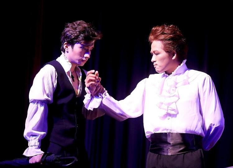 'Romeo & Juliet': Trẻ trung, khác lạ hoàn toàn bởi NSND Việt Anh và Ngọc Tưởng