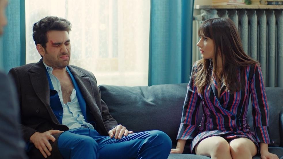 'Trái cấm': Cắm sừng người yêu nhưng Alihan vẫn ghen tuông, phá rối khi nghĩ Zeynep có bạn trai mới