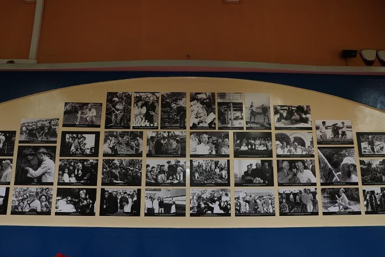 140 bức ảnh, áp phích phim được trưng bày tại Triển lãm 'Hình ảnh và hình tượng Chủ tịch Hồ Chí Minh trong các tác phẩm điện ảnh'