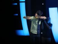 'Siêu tài năng nhí': Trấn Thành, Ngọc Sơn 'nghẹt thở' vì siêu nhí bắn ná bách phát bách trúng
