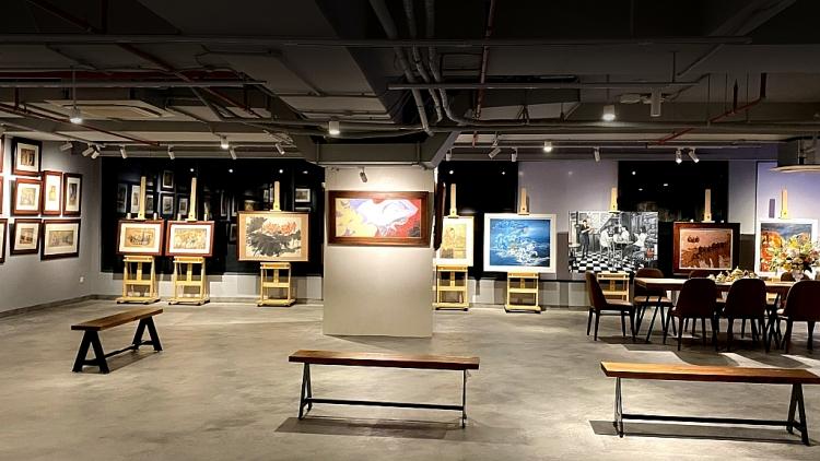 Ngõ Art Gallery giới thiệu triển lãm tranh của cố họa sĩ Nguyễn Cao Thương và 12 họa sĩ khác