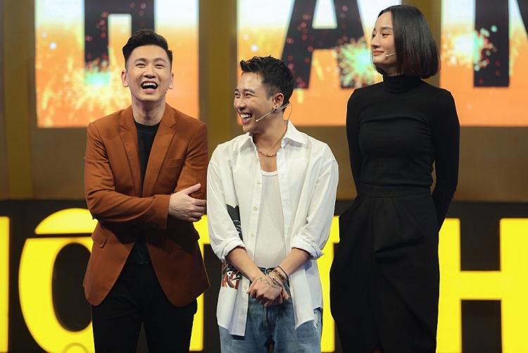 Vợ chồng siêu mẫu Lê Thúy – Đỗ An quấn quýt ngọt ngào trong gameshow '100 triệu 1 phút'
