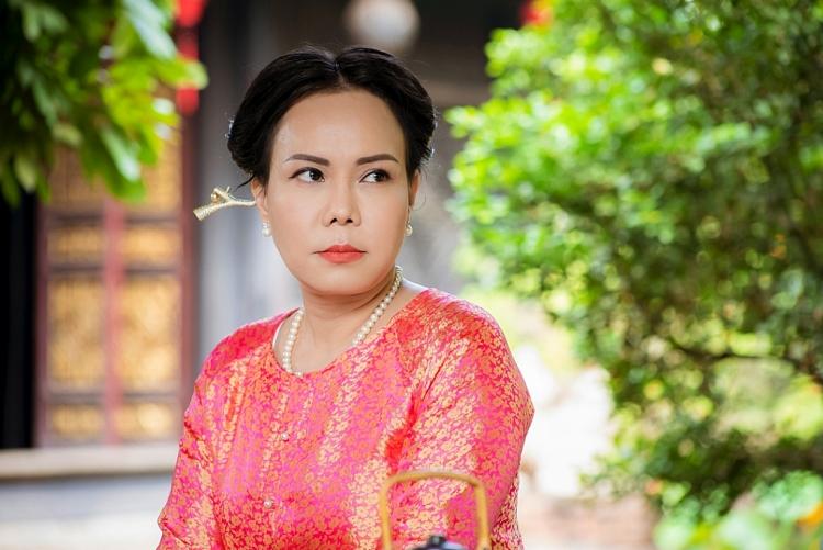 Việt Hương 'tái xuất' với bà hội đồng sắc lẹm trong 'Dương thế bao la sầu'