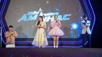 'Đấu trường âm nhạc': Bỏ qua 'thù cũ' Lê Dương Bảo Lâm xung phong 'lọt hố' giúp cô gái 'hóc xương thịt'