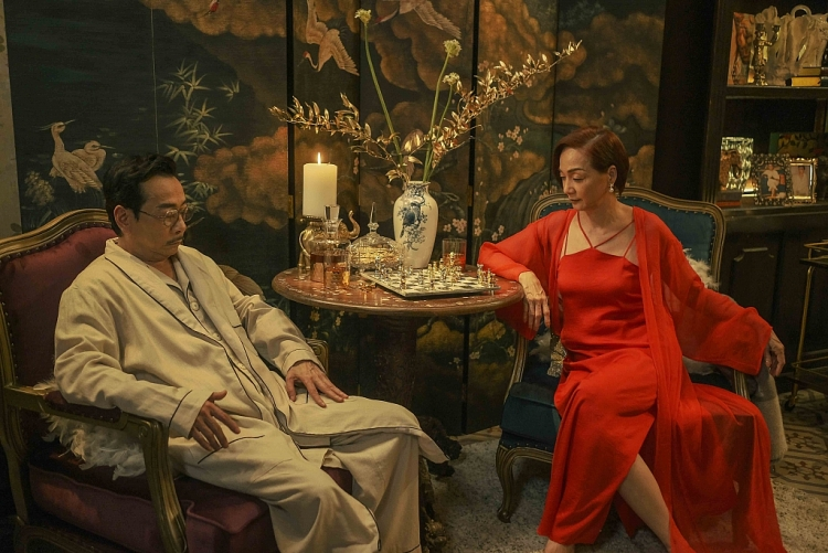 Sau 3 tháng ngừng chiếu tại rạp, 'Gái già lắm chiếu V' tiếp tục có mặt tại 190 quốc gia trên Netflix toàn cầu