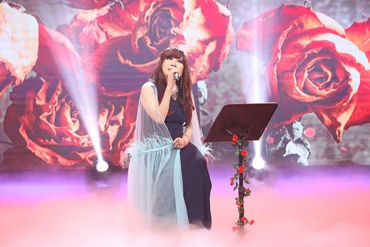 Danh ca Bảo Yến trở về quá khứ với ca khúc bất hủ 'Chiều hạ vàng' tại 'Dấu ấn huyền thoại'