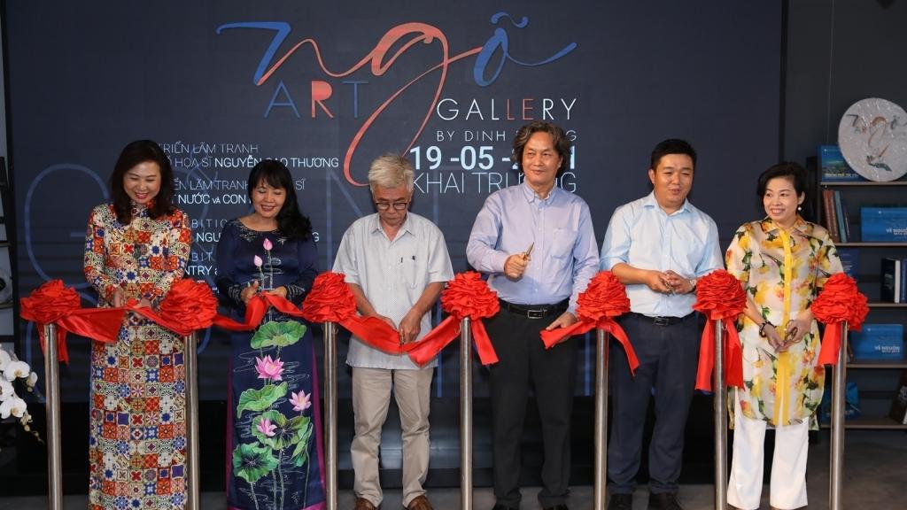 'Đất nước và con người' tại triển lãm tranh của cố họa sĩ Nguyễn Cao Thương cùng 12 họa sĩ khác