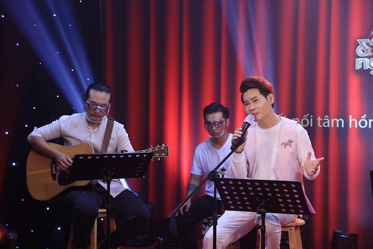 'Âm nhạc và những người bạn': Hơn 20 nghệ sĩ tham gia đêm nhạc định kỳ ủng hộ chống dịch Covid-19 và giúp trẻ em nghèo