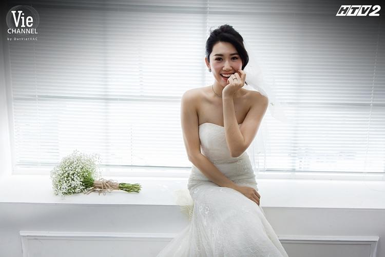 Hậu trường 'Cây táo nở hoa': Quay cảnh Châu sắp lên xe hoa, Thúy Ngân nôn nao nghĩ đến chuyện… lấy chồng