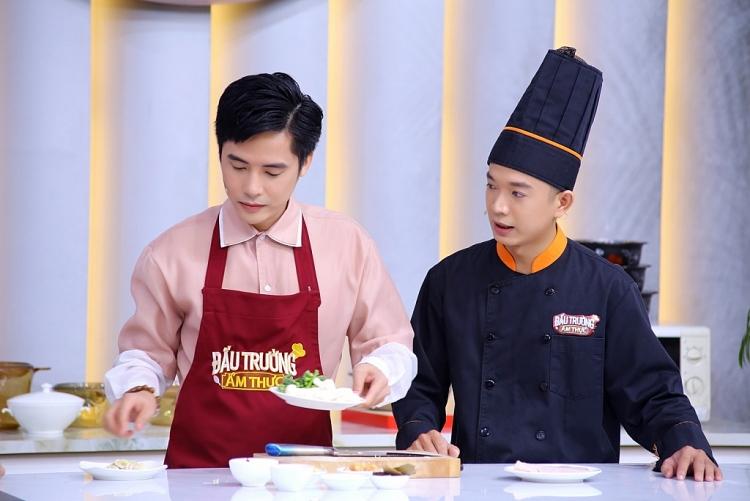Đánh bại Nam Cường, ca sĩ Minh Sang giành cúp vàng 'Đấu trường ẩm thực'