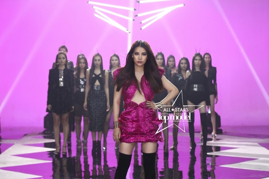 truong ngoc anh chinh thuc cam trich vietnams next top model all stars 2017