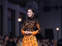 mrs asia friendship 2018 phuong uyen toi khong co nhu cau tim dai gia