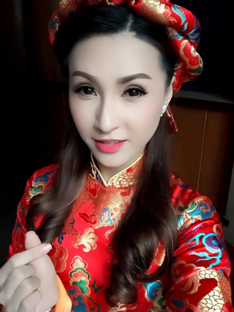 vinh thuyen kim chinh thuc xac nhan da chia tay ong bau vinh thuyen