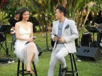 Đông Nhi xinh đẹp trong ca khúc 'Tình lầm lỡ' cùng 'tình đầu quốc dân' Lam Trường