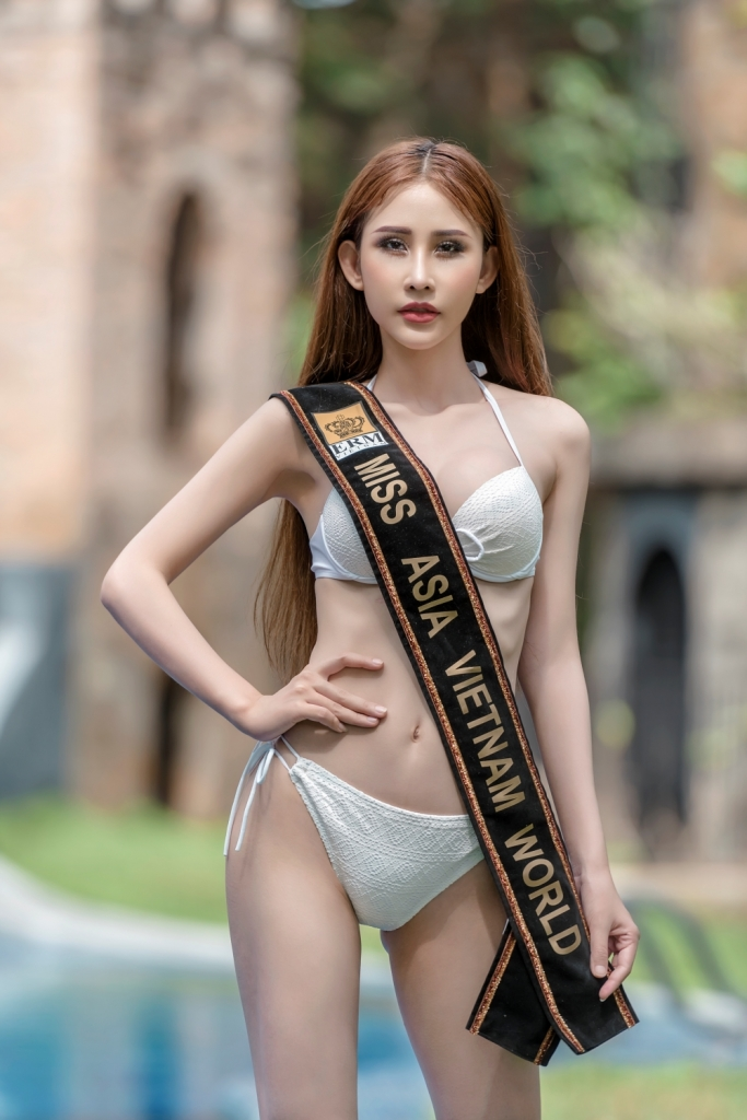 chi nguyen khoe vong eo 58 truoc vong thi bikini