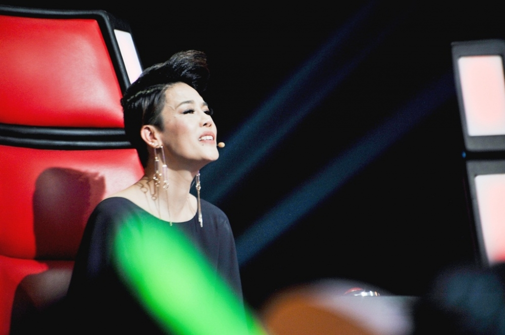 loat nhac si dinh dam va diva xuat hien ngay tap 6 vong doi dau the voice