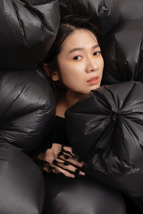 huong ung ngay moi truong the gioi oanh kieu tung bo anh why me the plastic