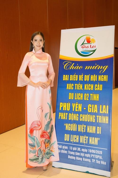 Hoa hậu Lê Bảo Tuyền đồng hành cùng chương trình kích cầu du lịch Việt Nam