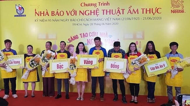 Ngày gia đình Việt Nam: Nhà báo với nghệ thuật ẩm thực