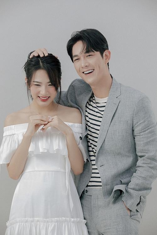 Ngọt ngào bên nhau sau 'Cây táo nở hoa', Minh Trang còn hứa đóng MV miễn phí cho Song Luân