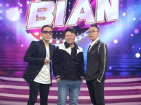 'Ca sĩ bí ẩn': Nhạc sĩ Nguyễn Hồng Thuận chớp thời cơ, hỏi chàng bác sĩ hotboy cách thoát ế