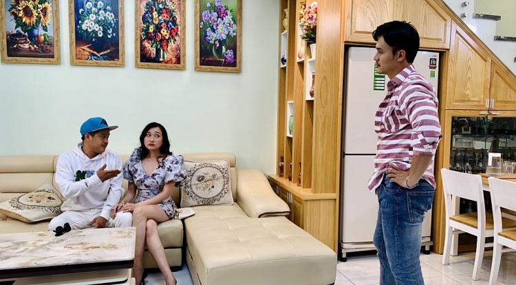 'Đố ba biết mẹ đang nghĩ gì': La Thành, Lê Lộc phát hãi vì... thú cưng