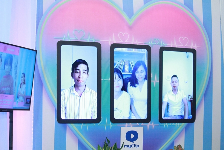 'Ghép đôi thần tốc online': U30 vẫn ế, nữ giáo viên rước được bạn trai 'soái ca' nhờ bà mối Cát Tường