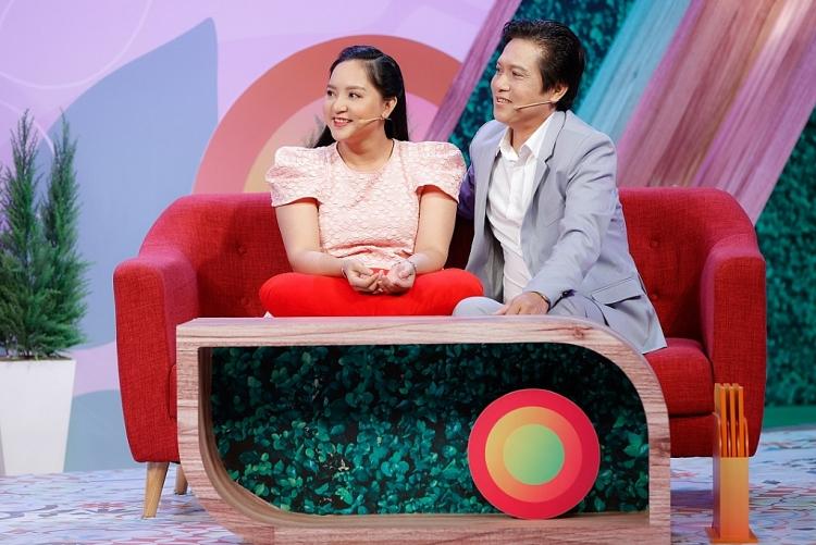 Chăm con riêng của chồng, vợ kém 29 tuổi của nghệ sĩ Trọng Nghĩa chưa vội có con
