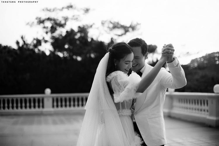 Bộ ảnh cưới lãng mạn của Hồ Ngọc Hà – Kim Lý nhân kỷ niệm 4 năm yêu nhau