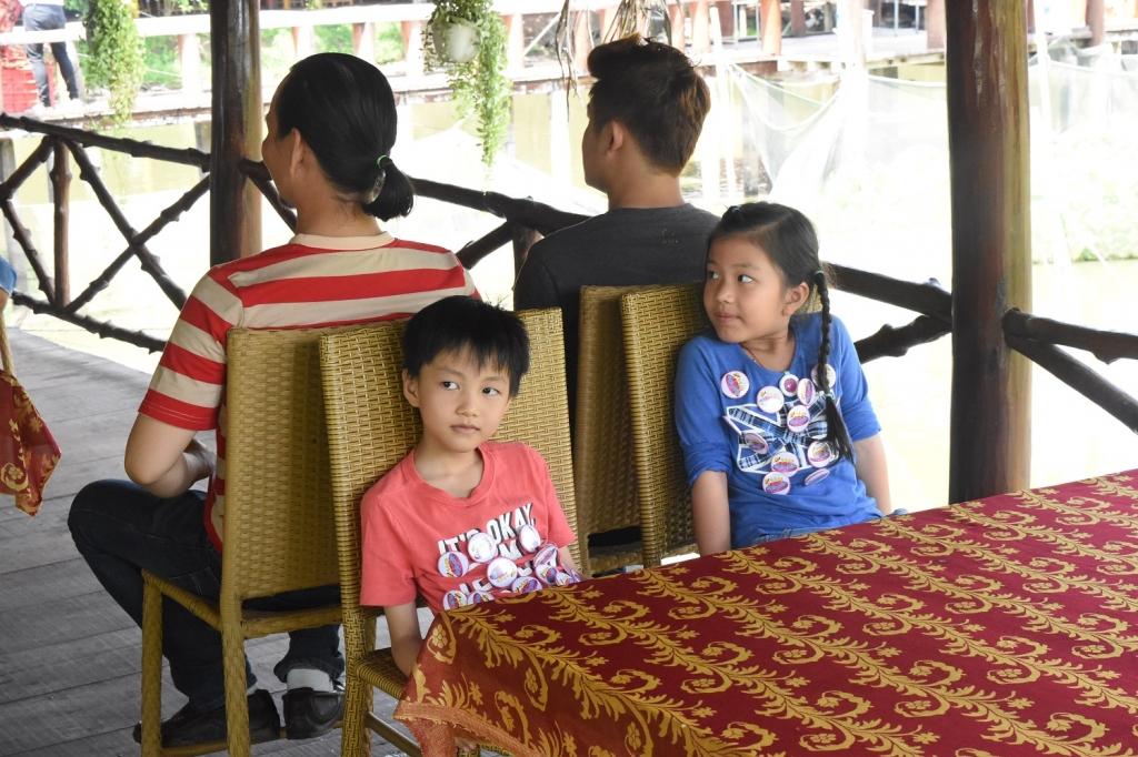 nhac si nguyen van chung tam ngung sang tac danh thoi gian cho con gai nuoi