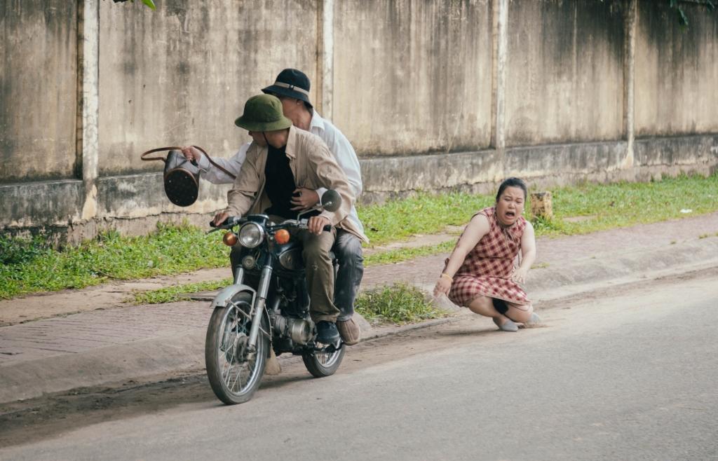 nsx vinh thuyen tung chieu khuyen mai de quang ba phim lo mat