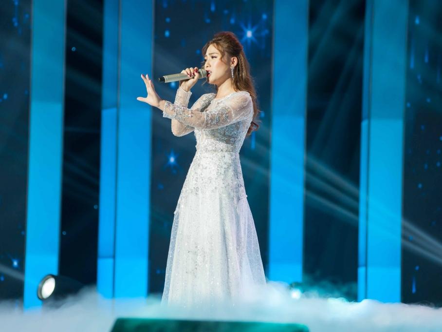 Phương Nga, Tính Phong, Phan Diễm và Thái Ngân xuất sắc giành vé vào vòng bán kết 'Người hát tình ca'