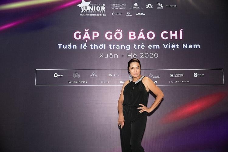 sieu mau xuan lan mang ung dung cong nghe tuong tac vao san dien tuan le thoi trang tre em viet nam xuan he 2020