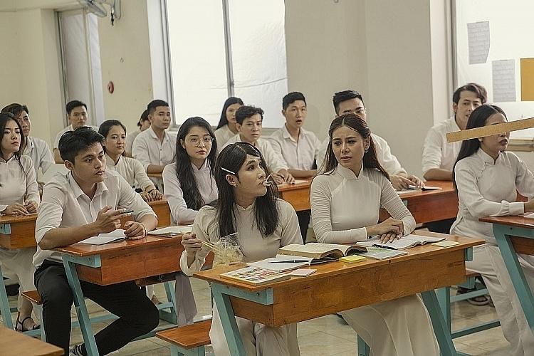 top 4 web drama hot nhat thang 7 hong van nam thu le duong bao lam tuan tran nhu 4 the gioi